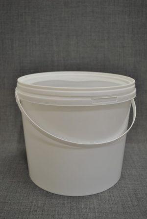 vedro-plastikovoe-5-l-s-kryshkoy